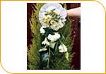 Le bouquet retombant à main